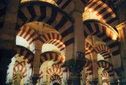 mezquita6.jpg (51340 Byte)