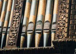 orgelpfeifen.jpg (62634 Byte)